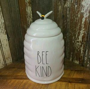 NWT Rae Dunn Bee Kind Cookie Jar